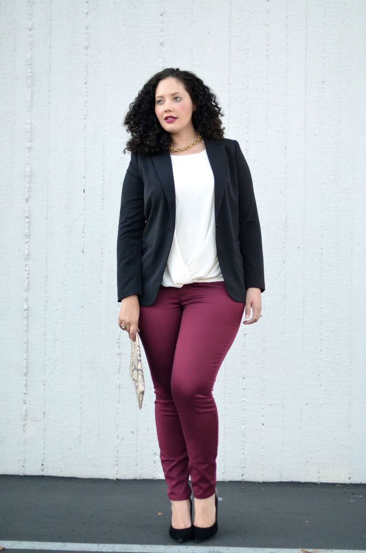 So now I need some cranberry skinnies and a great black blazer! love this! Girl With Curves: Cranberry Denim