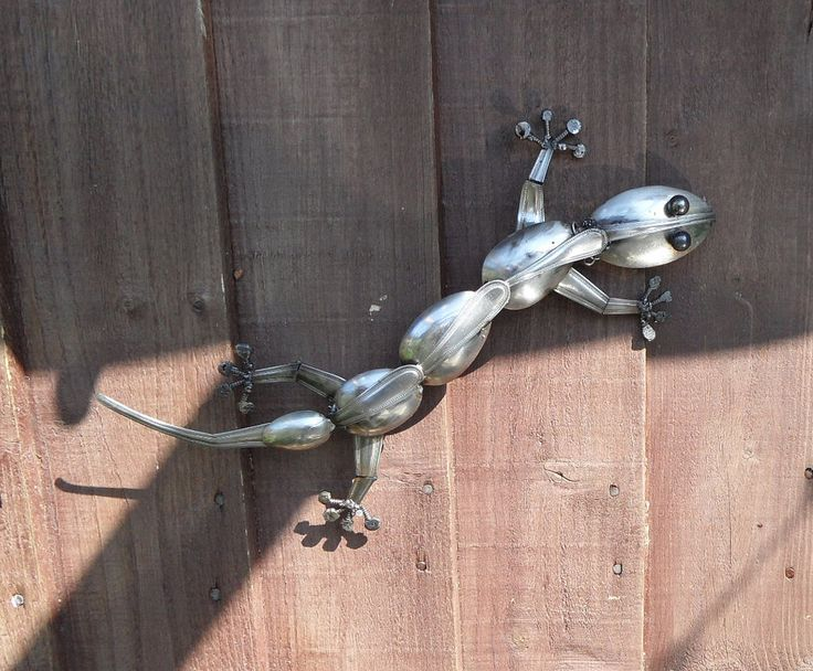 Geko made from old spoons