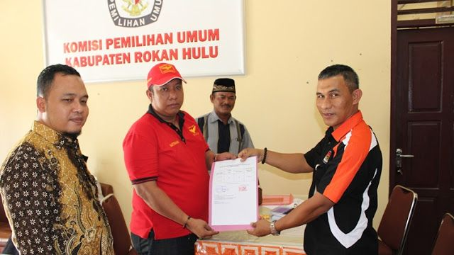 RiauJOS.com, Pasir Pangaraian  - Komisi Pemilihan Umum (KPU) Kabupaten Rokan Hulu (Rohul) Senin, 16 Oktober 2017 hingga pukul 24:00 WIB, ...