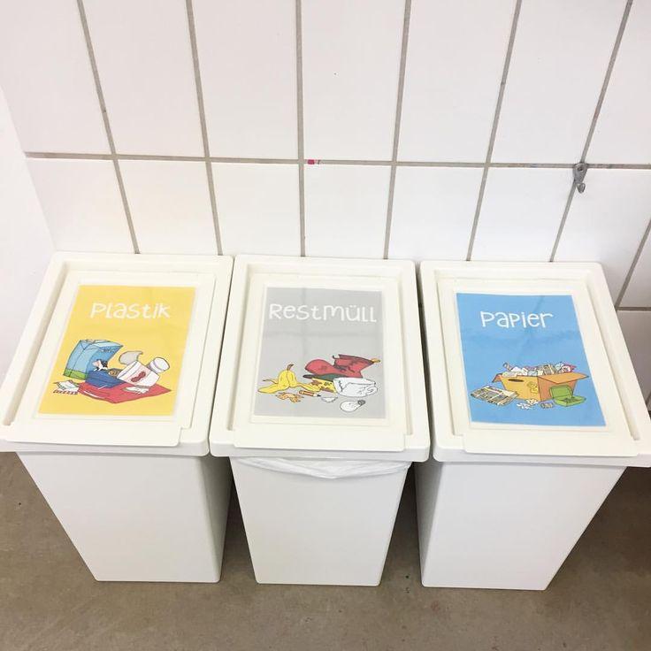 Die neuen Mülleimer haben auch Schilder bekommen 🍬🍌📰🚚 Die Bilder si…