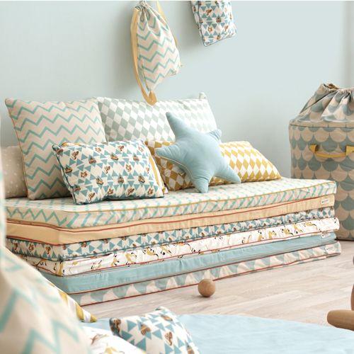 1000 id es sur le th me matelas de sol sur pinterest canap fixe futon et vertbaudet. Black Bedroom Furniture Sets. Home Design Ideas