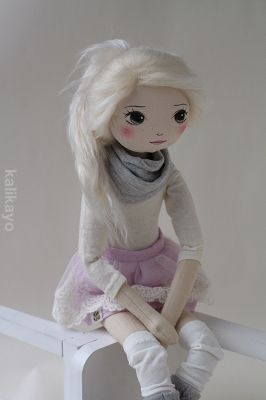 Colette – the romia doll