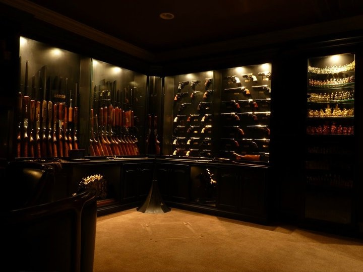 Custom gun room hunting animals for How to build a gun safe room