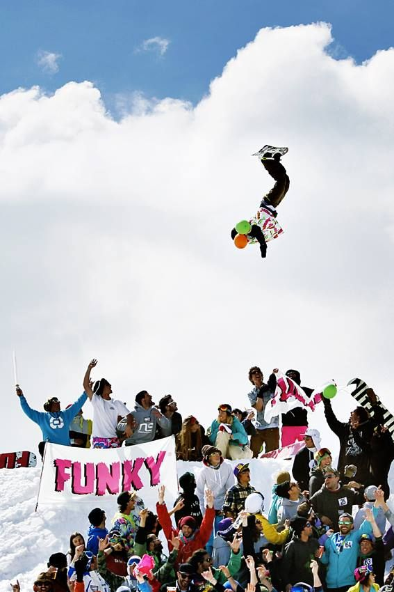 Gabriele Baj aka El Gambero Loco is one of the craziest guys we know! He makes everything look so easy!!!Hands in the air!!! #funkyworld #radical #crazy #snowboard