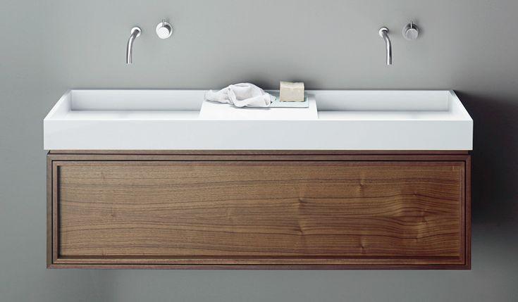 burgbad uomo. wohnliches Badmöbel Holz / Lack. Möbeldesign von nexus product design, 2009.