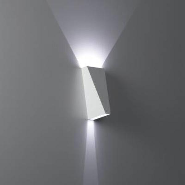 TOPIX - Luminaire d'intérieur Montage externe paroi LED. Ampoule: 2x LED - 0-1 Watt. Couleur LED: 4000K. Ampoule inclus. Convertisseur pas inclus. Finition: Gris alu. LoxLaxHa: 6,4 x6,5 x13,5cm.