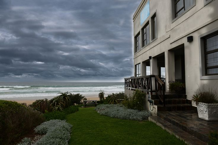 On The Beach Guesthouse Jeffrey's bay captured by DHPhotography