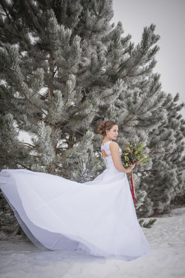 Romantic winter wedding in the woods.