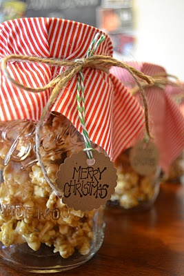 Caramel corn in mason jars...cute for any food. Fabric, and rope yarn with a gift tag...Can use any color scheme too...xmas red and green, birthday, baby shower, easter pastel. Just find the fabric and use it!