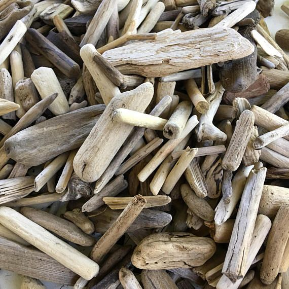 Bulk driftwood lot for crafting. Good quality art supplies and wood supply .Choose small medium large decorative driftwood pieces. Drift wood for sale - perfect for frames wreaths crafts surf tumbled items wholesale . Choose size : 0.1-1 inches 50 pcs 0.1-1 inches 100 pcs 0.1-1 inches