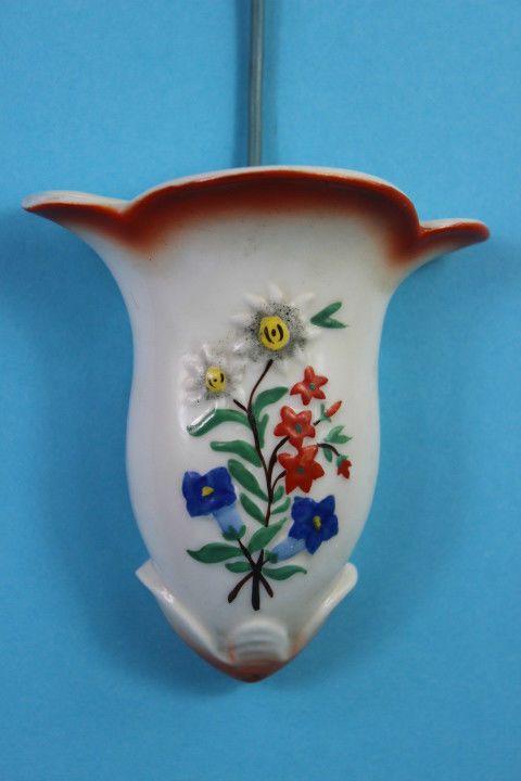 KLEINE ALTE WANDVASE SPRITZDEKOR HANDBEMALT in Antiquitäten & Kunst, Porzellan & Keramik, Porzellan | eBay!
