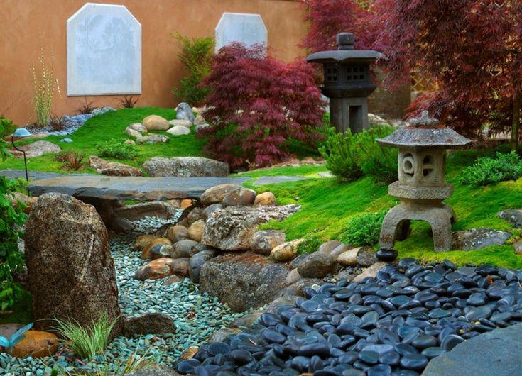 jardines pequeños con piedras