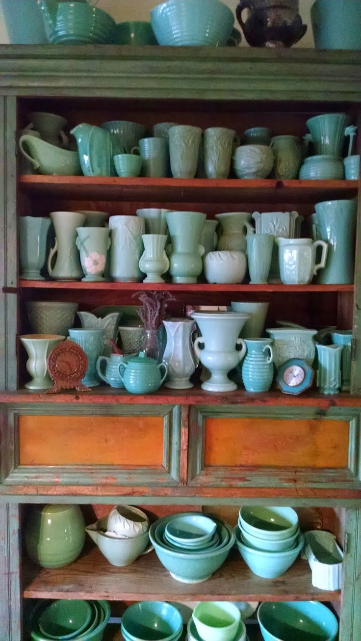 Amazing Collection of Vintage McCoy Pottery *MWP ~ Windmill Farm: McCoy-Weller-USA Pottery Vases