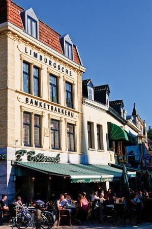 Limburgsche Banketbakkerij Botterweck, Valkenburg aan de Geul, Zuid-Limburg.