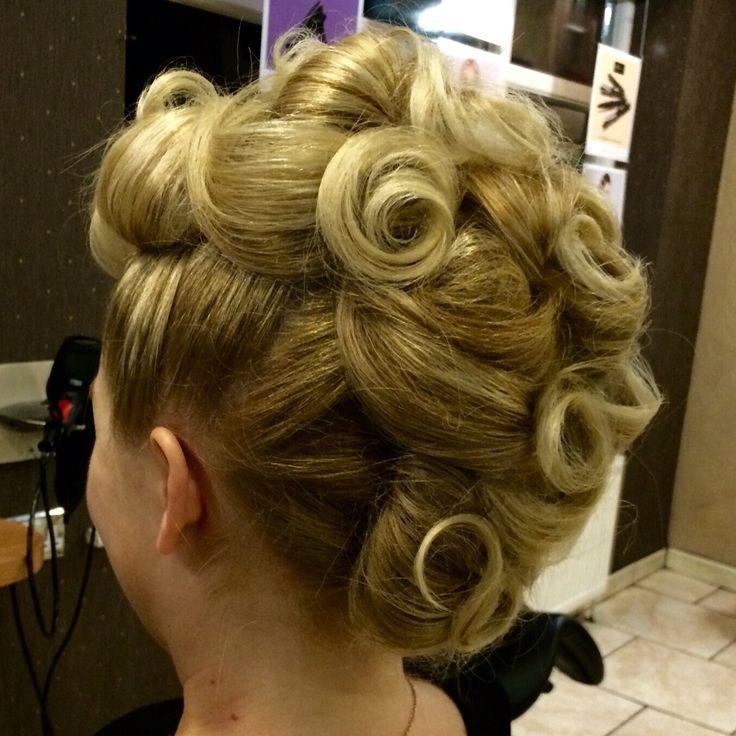 Curly Mohawk  Beth Owen@jadeshairandbeauty