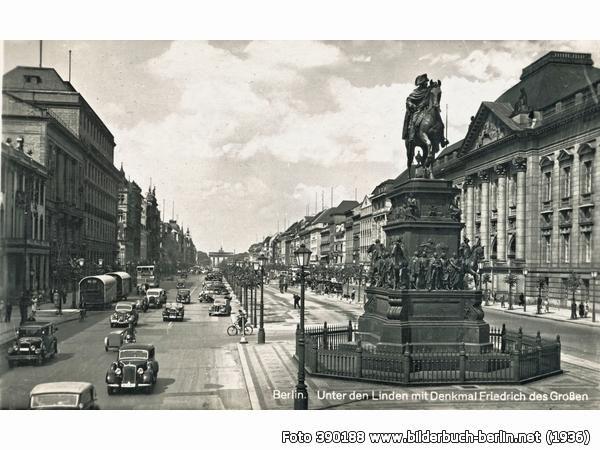 Friedrich der Grosse, Unter den Linden, Unter den Linden, 10117 Berlin - Mitte (1936)