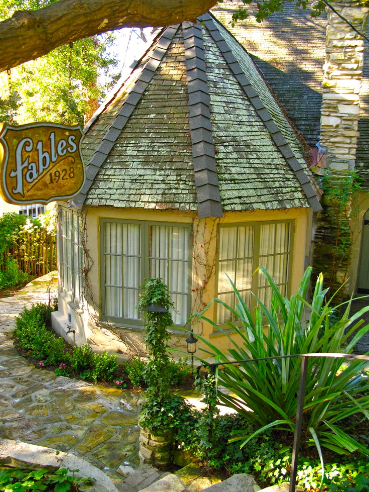 """""""Fables"""" Cottage, Carmel-by-the-Sea, California - love this for a """"off-shoot"""" room"""