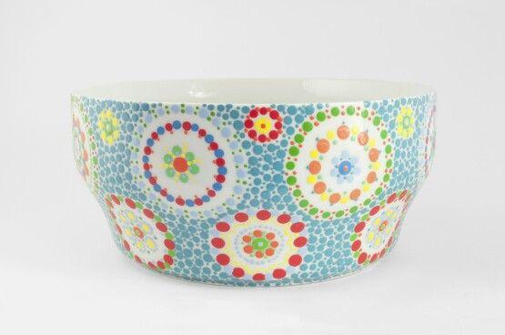Multi colour bowl, handpainted ceramic. More info www.stipstijl.nl