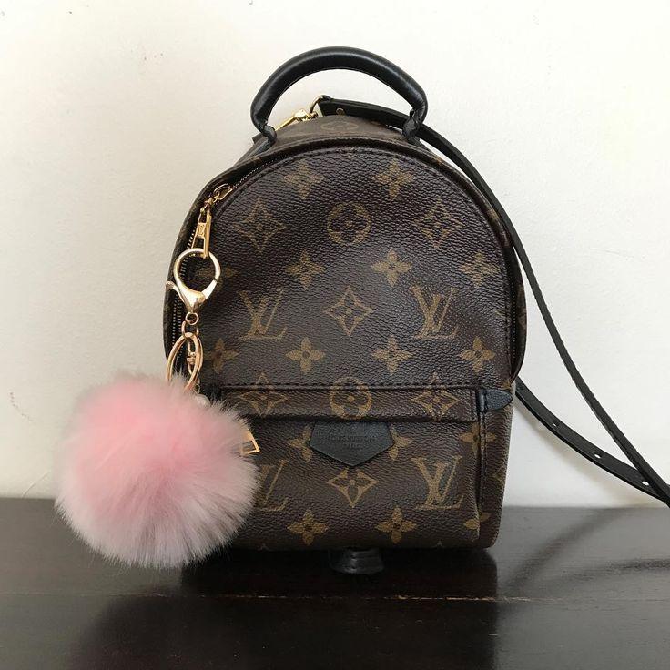 Louis Vuitton Monogram Handbag To Wear. Best LV Backpack For Fashion Women.