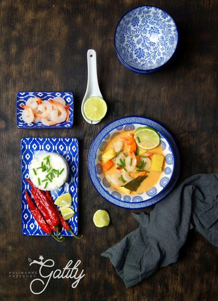 Kulinarne przygody Gatity - przepisy pełne smaku: Curry z krewetkami i ananasem