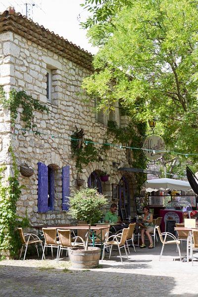 La Garde Adhémar, Drôme, France.  One of the most beautiful village of France. Classé parmi les Plus Beaux Villages de France