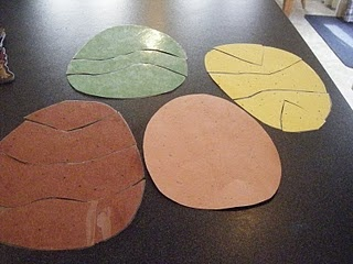 Preschool dinosaur idea- cute 5 dinosaurs rhyme for circle time