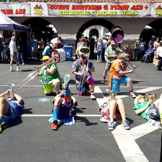 California Sock company marching band?? Lol love it  @CaliforniaSockCompany 959 Garnet Avenue San Diego, CA 92109 . .  #CaliforniaSockCompany #SanDiegoFitness #MuscleContest #DelMar #carlsbad #SanDiego_Fitness #encinitas #SockGame #SockSwag #cali #YelpSanDiego #CA #California #PB #PacificBeach #SD #SanDiego #MissionBeach #LaJolla #MissionBay #DownTownSanDiego #DownTownSD #PetcoPark #Stance #stancesocks #SDFair #SanDiegoCountyFair #DelMarFair  @realdealmattress @realdealbeasts…