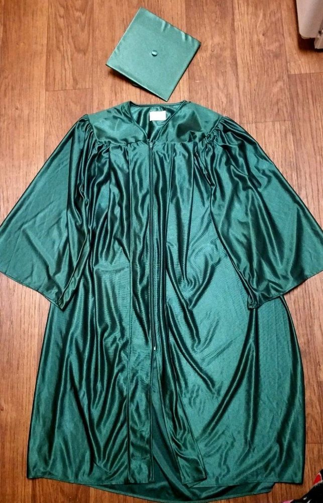 New Shiny Forrest Green Graduation Cap And Gown Size 51ff 56 58