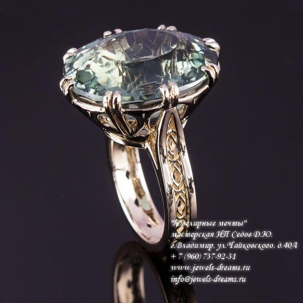 Женское золотое кольцо «Тихая лагуна» с празиолитом