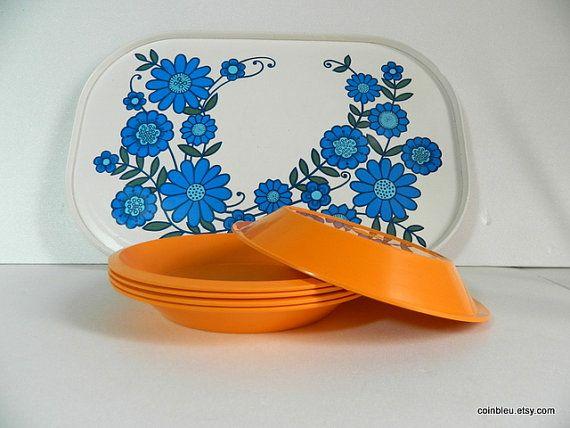 5 retro melamine bright orange plates bowls. by frenchvintagedream  #etsygifts, #blackfriday