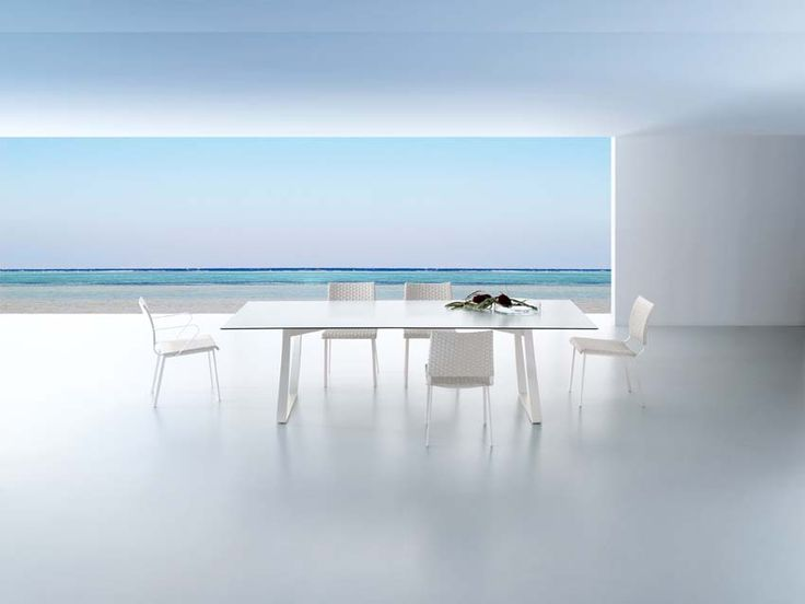 Outdoor Tables Of Hamptons Graphics Collection Roberti Rattan.