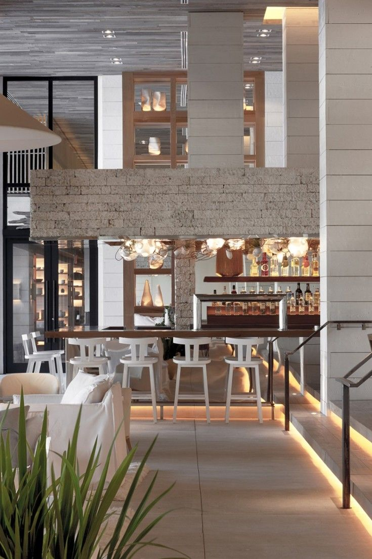 Sip a nightcap in the farm-to-table lobby bar Tom on Collins. 1 Hotel South Beach (Miami Beach, Florida) - Jetsetter