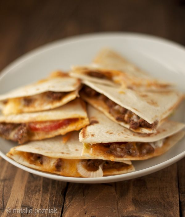 cheeseburger quesadillas----- Going to try this for dinner tonight :) minus the lettuce because cooked lettuce does not sound yummy