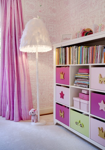 Whoa!! Any little girl would die for this room.