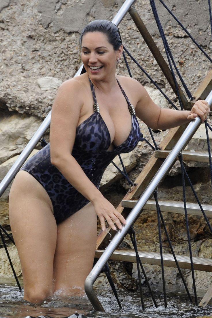 Best kelly brook images on pinterest beautiful women good