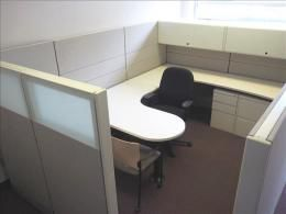 Used Office Furniture and Used Cubicles - Search at FurnitureFinders