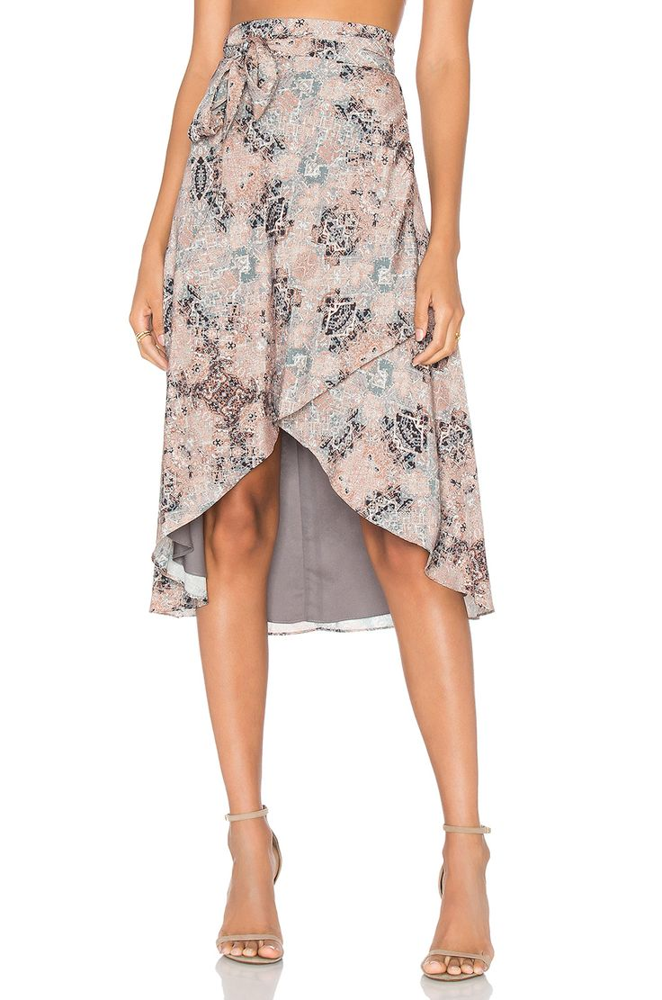 House of Harlow 1960 x REVOLVE Maya Wrap Skirt em Kaleidoscope | REVOLVE