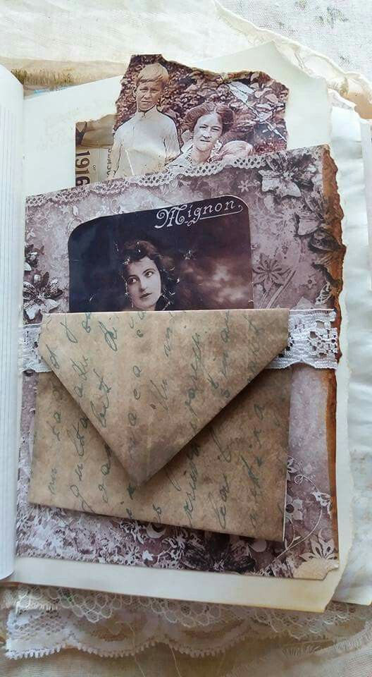 Envelope on lace belly band
