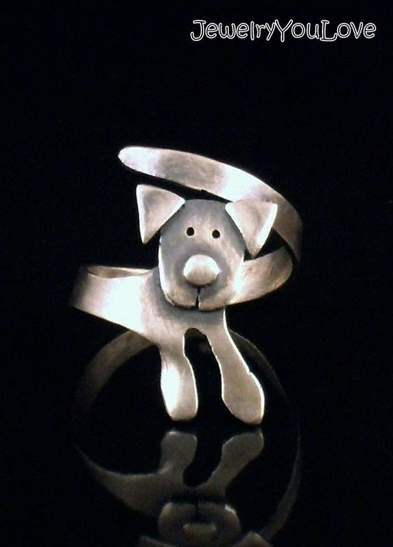 Sterling Silver Labrador Ring  Buddy by JYLbyPeekliu on Etsy. I would never spend what they're asking, but it's soo cute.