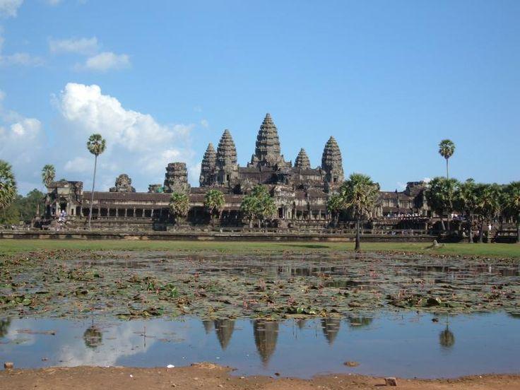 ユーラシア旅行社で行くカンボジア。アンコールワット