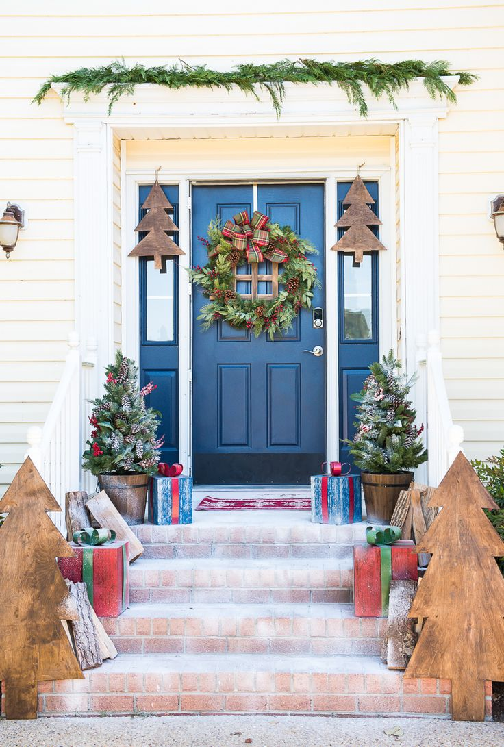 1713 best holiday style challenge images on pinterest fall diy front porch christmas decor a wooden wonderland