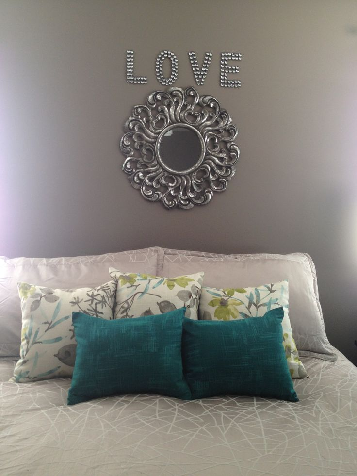Master bedroom no headboard decor above bed turquoise teal - Above the headboard decorating ...