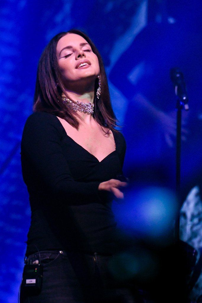 Lana Del Rey played her first of two Terminal 5 shows (videos, setlist)