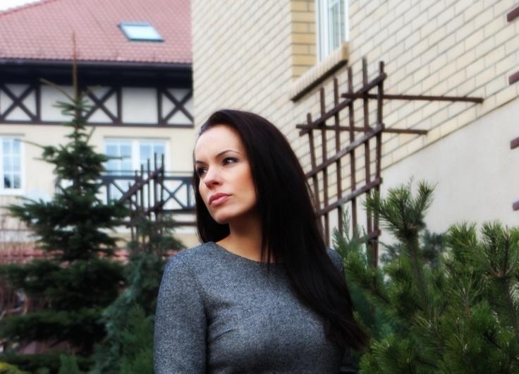 I'm still waiting...  juliatomaszewska.com