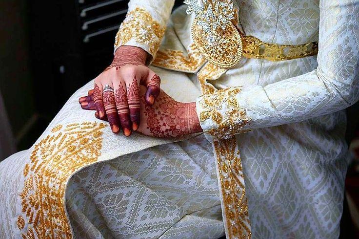 #beautiful #bridal #wedding #mehndi #desing #indianbridal #wedding #pakistanibridal #worldbridal #colorfull #red #heenadesing #styliah #dubaimehndi #style