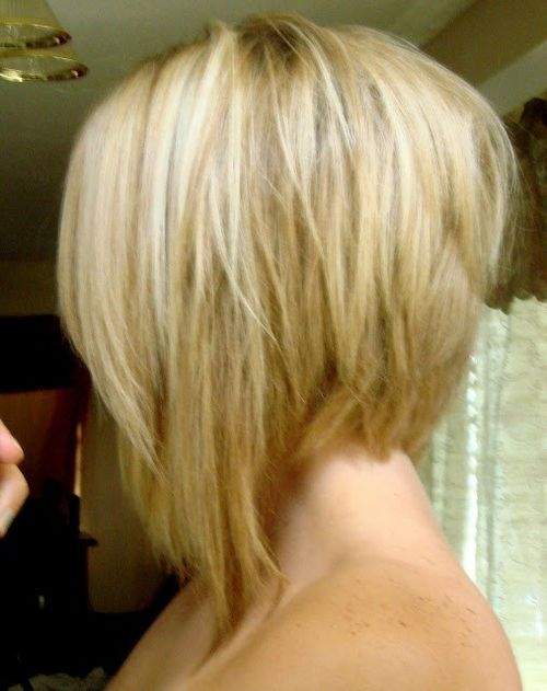 Short hair. Asymmetrical bob.