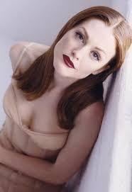 Résultats de recherche d'images pour «julianne moore young»