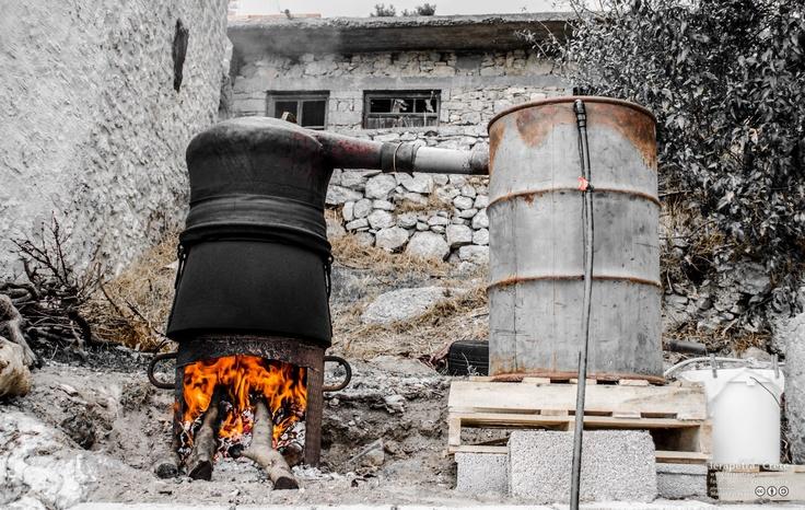 The Raki distilling system!  Το αποστακτήριο!