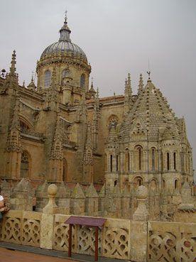 Vista desde el andén de la Torre Mocha Salamanca, Spain