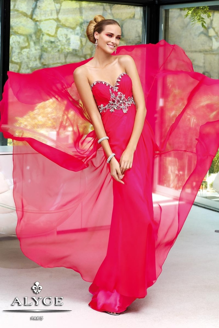 31 best Prom images on Pinterest   Party wear dresses, Dress prom ...